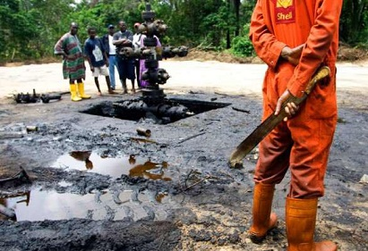 How Nigeria Govt. Ineptitude, Greed Promote Lawlessness in Oil Producing Communities by Omafume Amurun